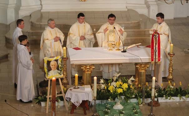Msza św dziękczynna w klasztorze