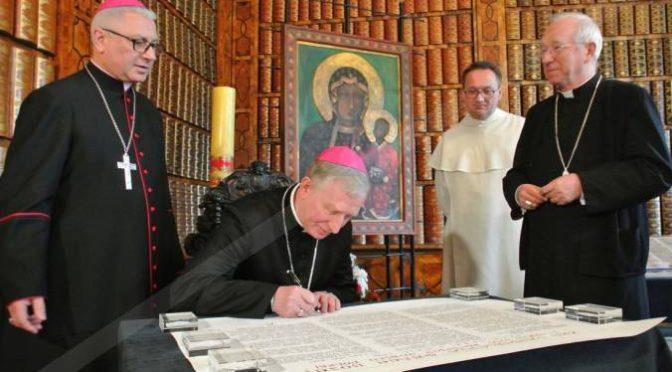 Rocznica Konstytucji 3 MajaUroczystość Królowej Korony Polskiej