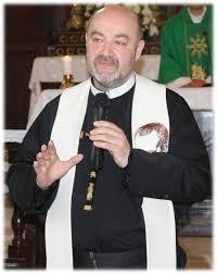 DZIŚ JEZUS CHRYSTUS  wychodzi z Kościoła jako pielgrzym.