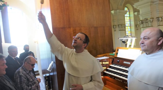 Paulińska parafia Wniebowzięcia NMP w Wągrowcu                          ma nowe organy